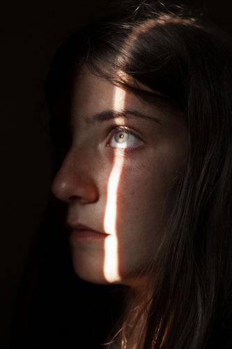 caterina golia - when the light comes down